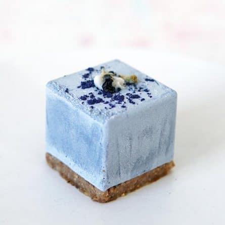 Веганский RAW десерт Голубой чай Анчан